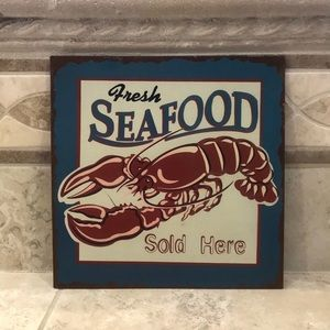 """Fresh Seafood Sold Here"" Metal Sign❤️"